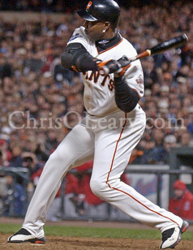Barry Bonds Short to the Ball